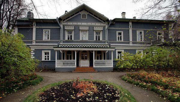 Дом-музей композитора П.И.Чайковского
