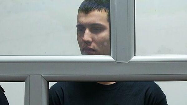 Обвиненный в убийстве 15 человек Владислав Челах