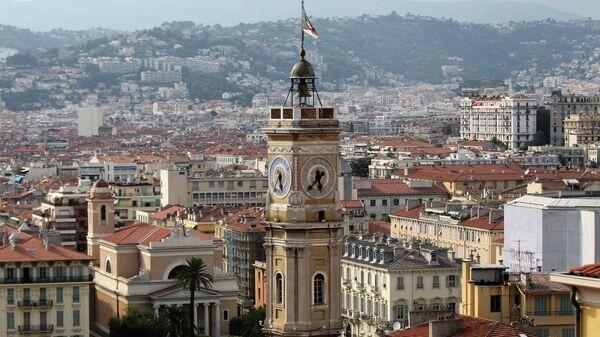 Вид на старую часть города в Ницце. Архивное фото