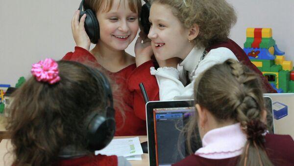 Работа московских школ