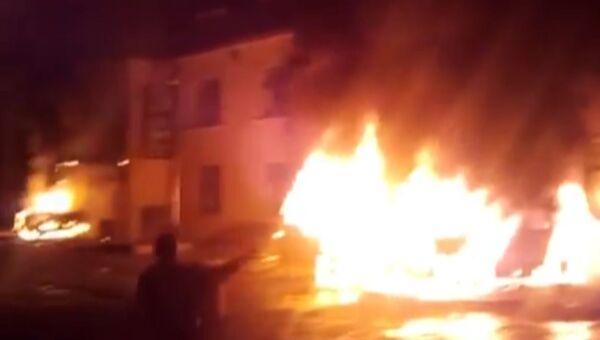 Протестующие на северо-западе Азербайджана подожгли отель