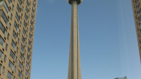 Телебашня CN Tower в канадском Торонто, архивное фото