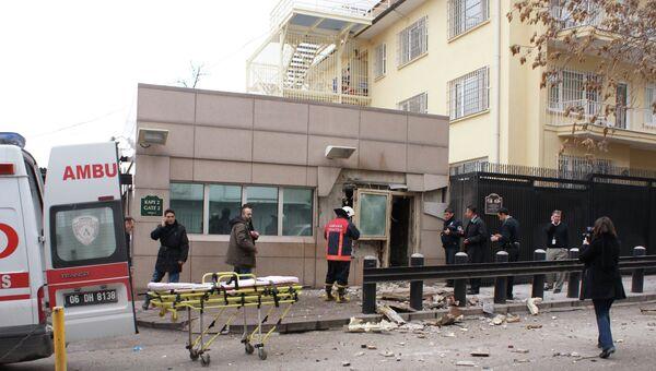 На месте взрыва рядом с посольством США в Анкаре
