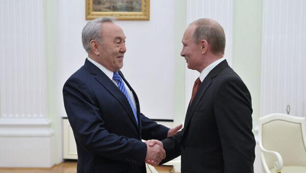 Встреча Владимира Путина и Нурсултана Назарбаева в Кремле, архивное фото