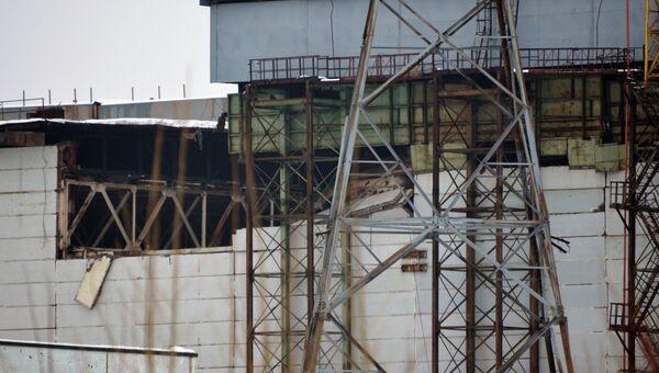На Чернобыльской АЭС произошло частичное обрушение кровли