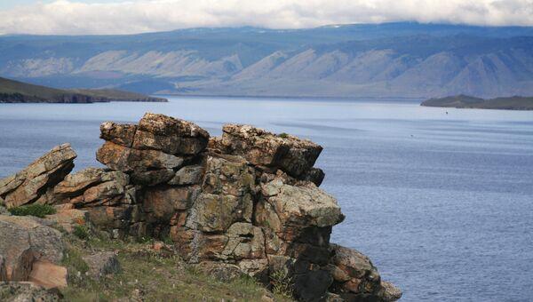 Остров Ольхон на озере Байкал. Архив