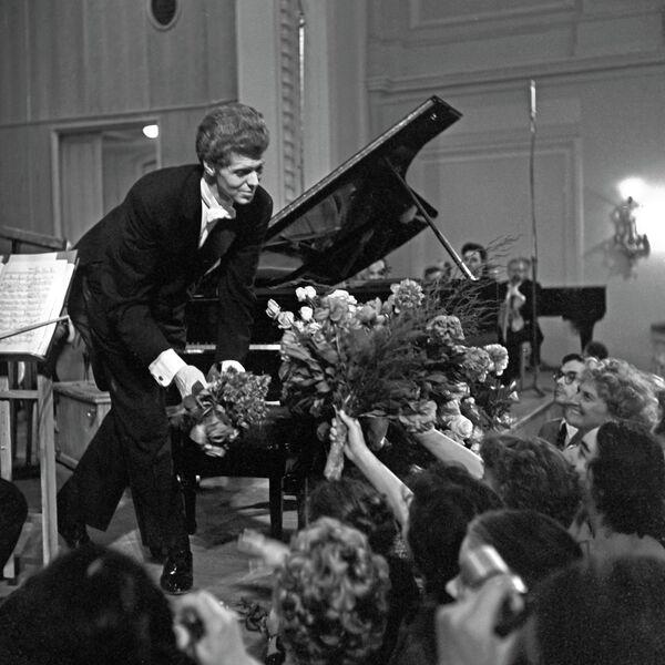 Американский пианист Ван Клиберн в Москве