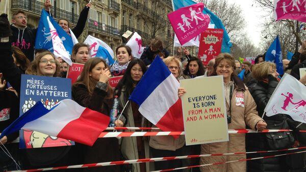 Акция протеста против однополых браков в Париже