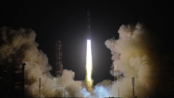 Пуск ракеты-носителя Протон-М. Архив