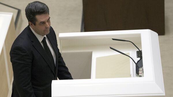 Заместитель генерального прокурора России Николай Винниченко на заседании Совета Федерации в Москве
