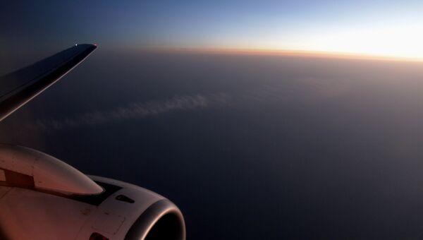 Полет над Индонезией, архивное фото