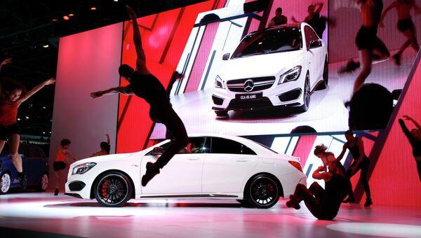 Автомобиль Mercedes-Benz на международном автосалоне в Нью-Йорке