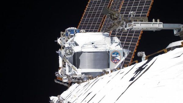 Детектор AMS на борту Международной космической станции