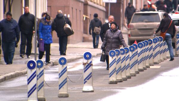 Нелегальные парковки на дорогах Москвы – чьи они и кто в ответе