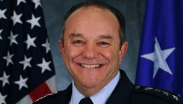 Генерал ВВС США Филип Бридлав, архивное фото