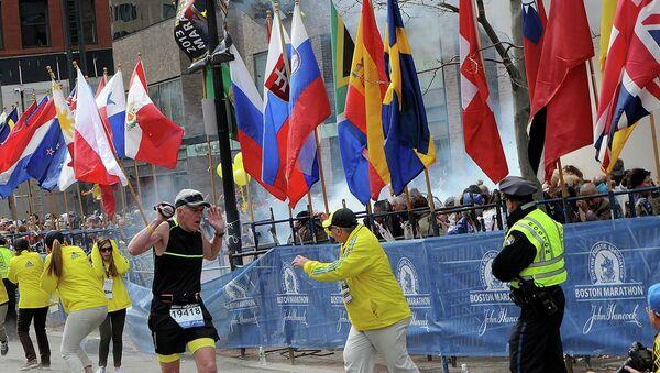 Взрыв прогремел у финишной линии Бостонского марафона