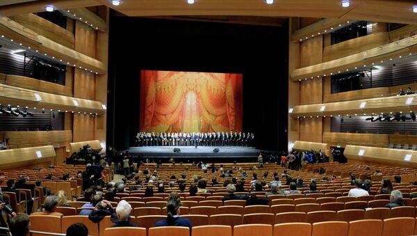 Маэстро Гергиев провел акустический тест новой сцены Мариинки. Архивное фото
