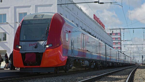 Скоростной поезд Ласточка в Нижнем Новгороде