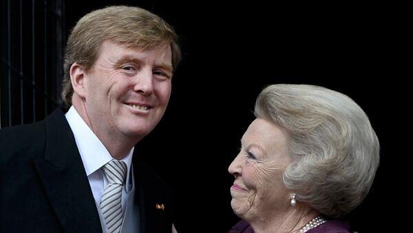 Королева Нидерландов Беатрикс и сын королевы Виллем-Александр