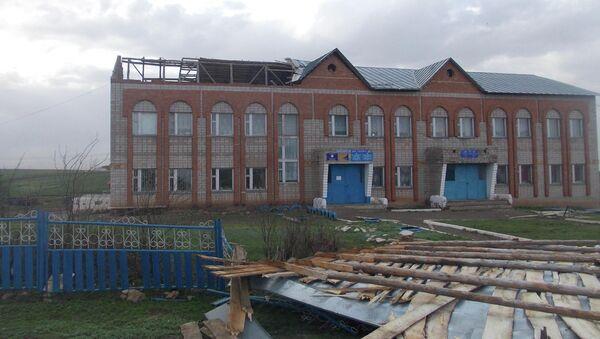 Здание детского сада в Миякинском районе Башкирии после урагана