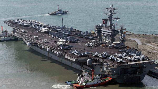 Американский ядерный авианосец USS Nimitz прибыл в Южную Корею