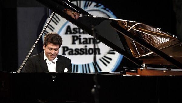 Пианист Денис Мацуев, конкурс юных пианистов в Астане