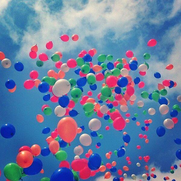 Воздушные шары на последнем звонке во Владимире