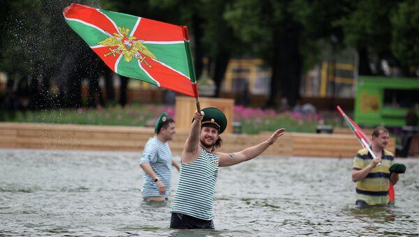 Празднование Дня пограничника в Москве