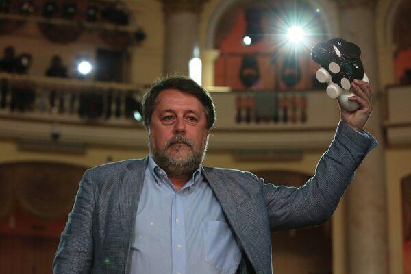 Режиссер Виталий Манский на церемонии закрытия XXIV открытого Российского кинофестиваля Кинотавр в Сочи