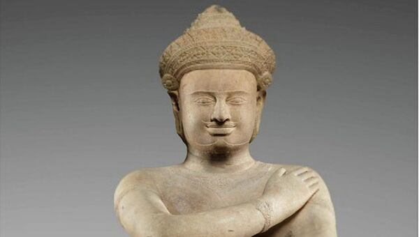 Метрополитен-музей вернул Камбодже две нелегально приобретенные статуи