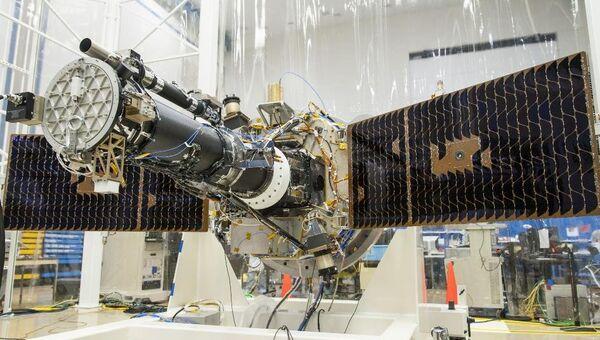 Солнечный телескоп IRIS во время подготовки к запуску