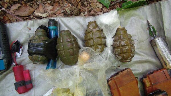 Оружие, изъятое у боевиков в Кабардино-Балкарии