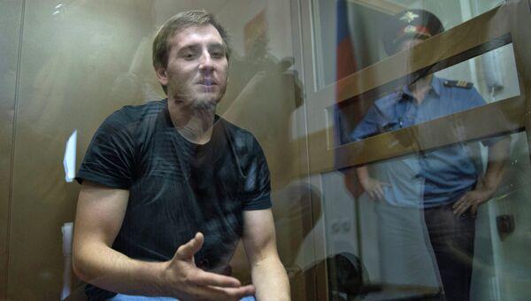 Один из опознанных нападавших Артур Минбулатов, обвиняемый по делу об избиении депутата госдумы от ЛДПР Романа Худякова