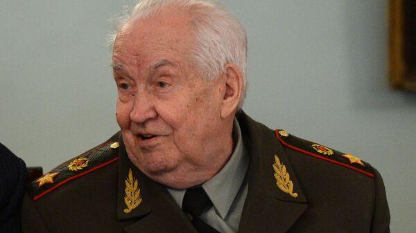 Генерал армии в отставке, профессор Махмут Гареев
