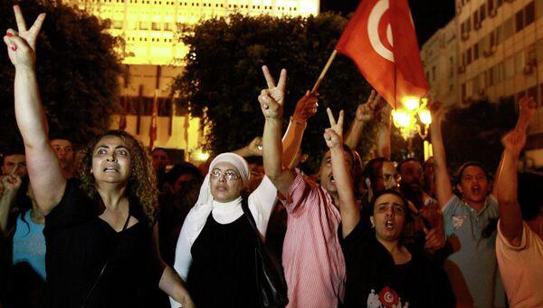Акция протеста после убийства оппозиционера Мухаммеда аль-Брахми