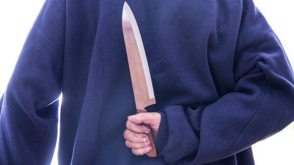 Житель Волгоградской области убил приятеля из-за критики нарезки сала