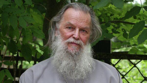 Священник Павел Адельгейм. Архивное фото