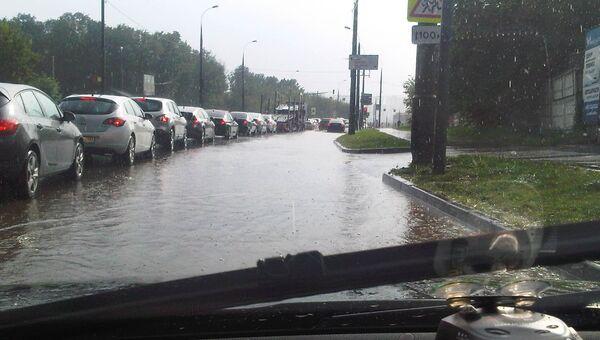 Последствия дождя в Москве