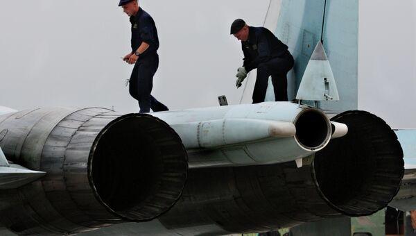 Авиационные инженеры Восточного военного округа в Приморье. Архивное фото