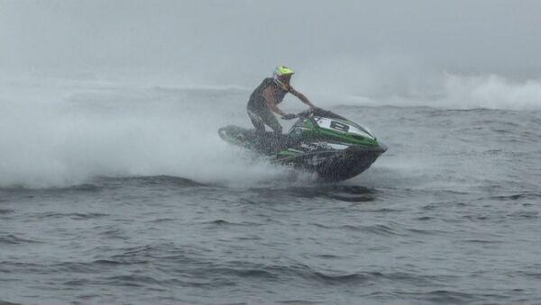 Туман заставил гонщиков идти по приборам на ЧМ по аквабайку в Приморье