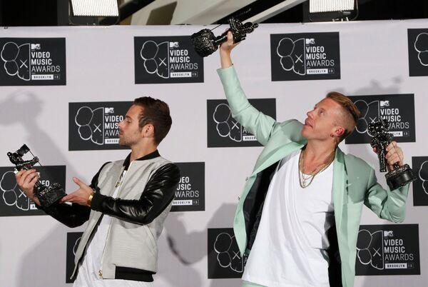 Музыканты Маклемор и Райан Льюис на MTV Video Music Awards