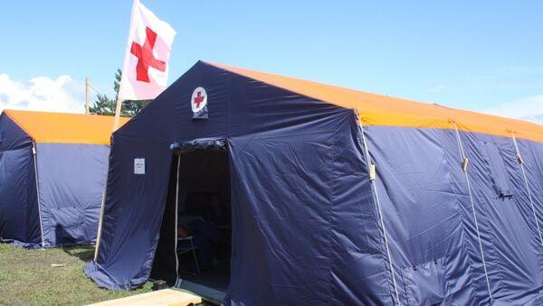Палатка в пункте временного размещения МЧС России. Архивное фото