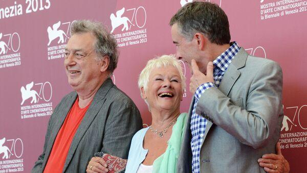 Стивен Фрирз, Джуди Денч и Стив Куган на 70-м Венецианском кинофестивале