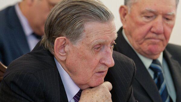 Владимир Долгих. Архивное фото