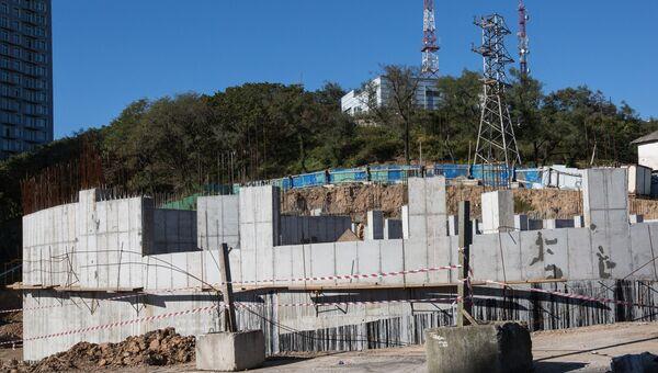 Строительство на Орлиной сопке во Владивостоке. Архивное фото.