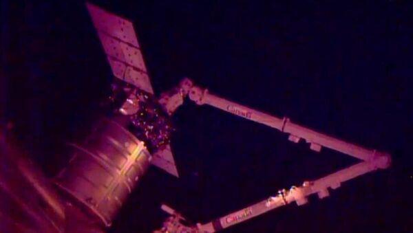 Космический корабль Cygnus пристыковался к МКС, событийное фото