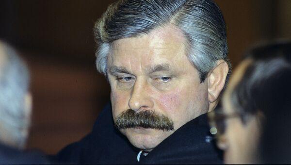 Вице-президент России Александр Руцкой. Архивное фото