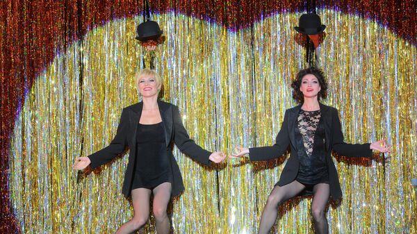 Лика Рулла и Анастасия Макеева на репетиции мюзикла CHICAGO