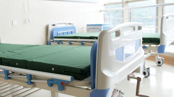 Пустая больничная койка
