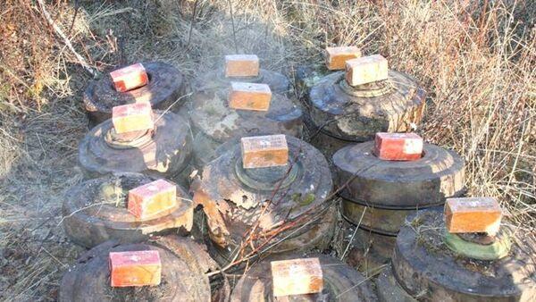 Обезвреженные мины. Архивное фото
